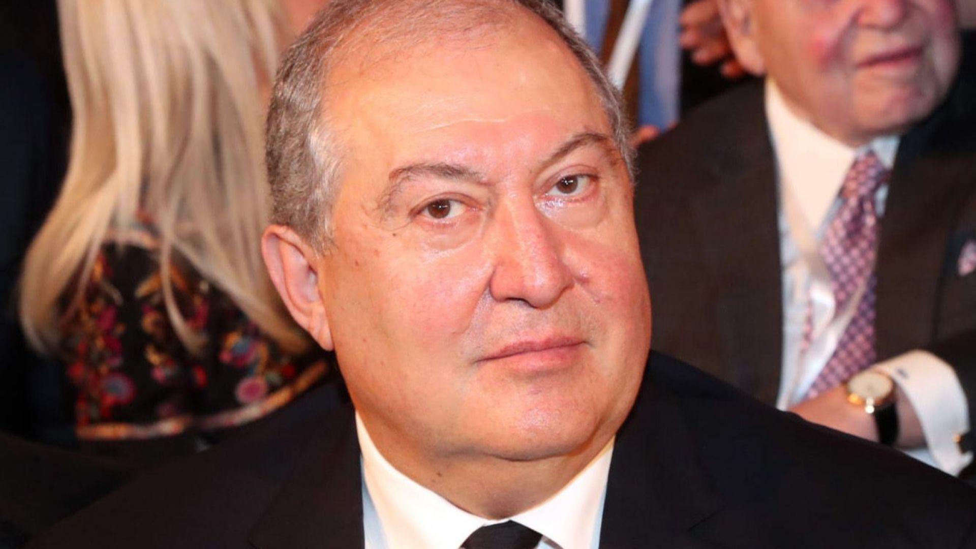 Президентът на Армения приет в болница с Covid-19 и двустранна пневмония