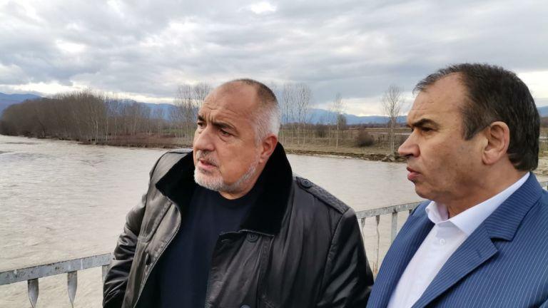 Министър-председателят Бойко Борисов провери на място последствията от наводненията в