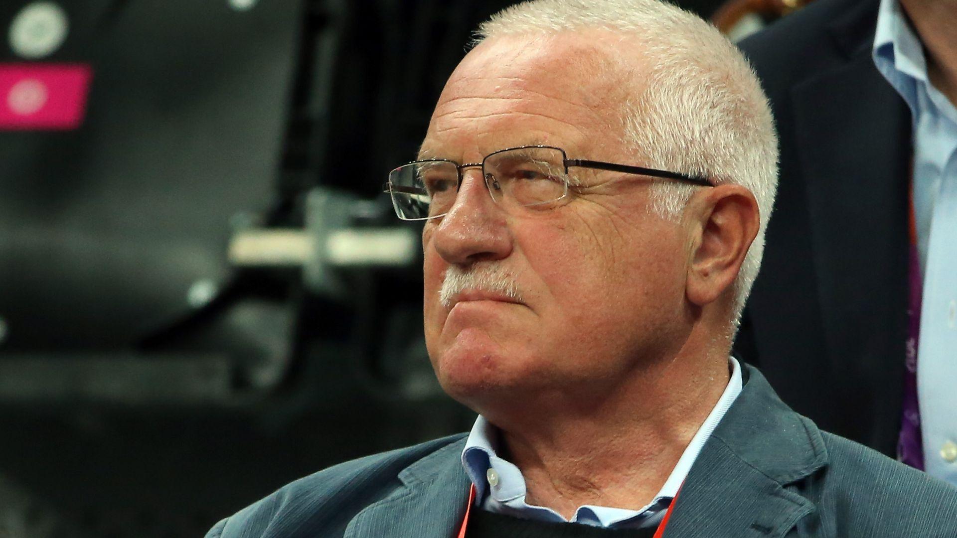 Бивш чешки президент отиде на ресторант като форма на гражданско неподчинение