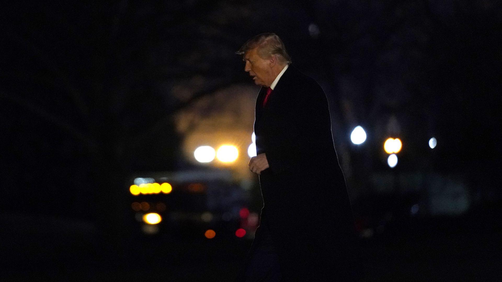 Юристи: Импийчмънт на Тръмп няма да има (снимки, видео)
