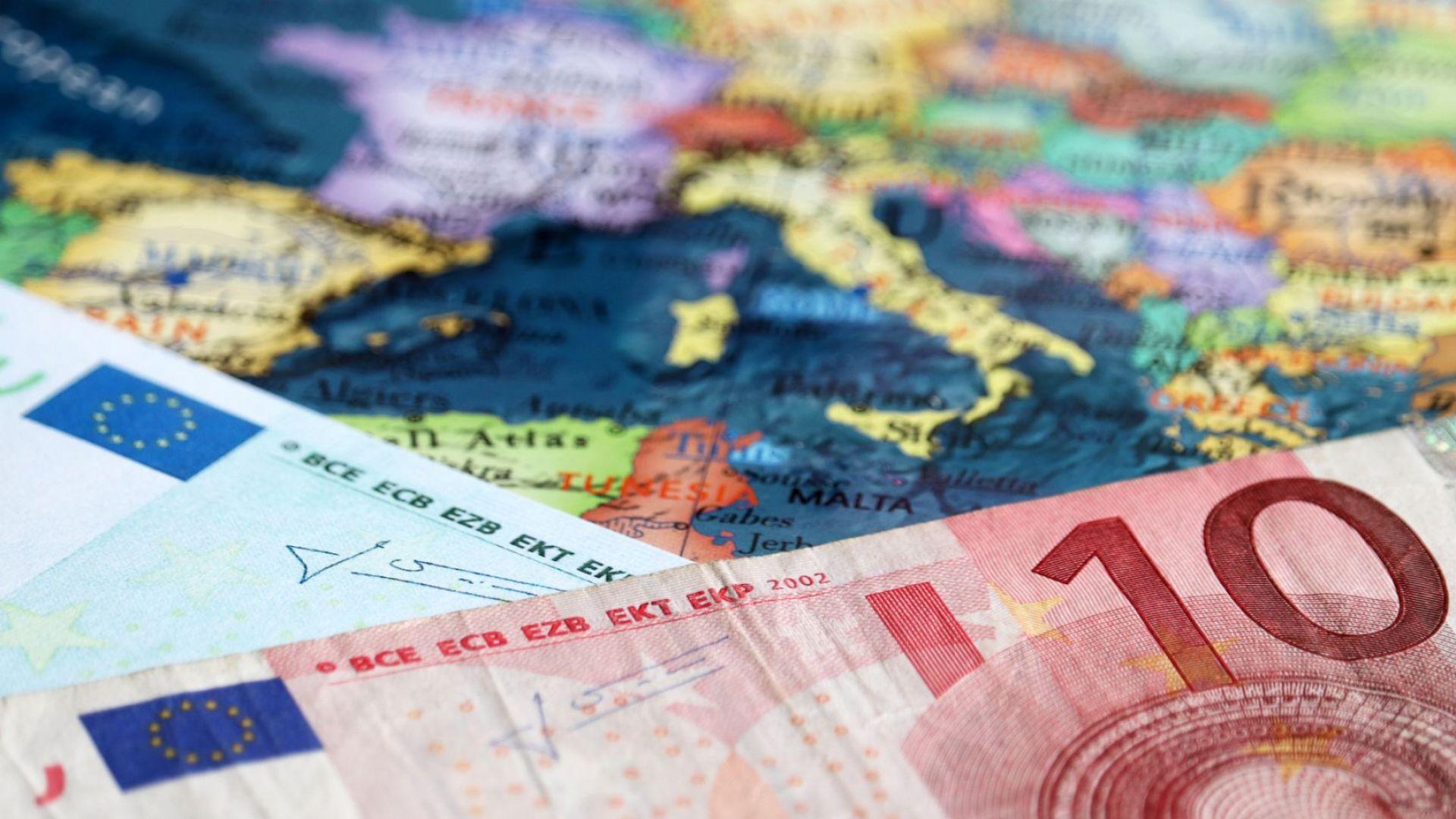 Еврото поевтиня заради хаоса с разпространението на ваксините