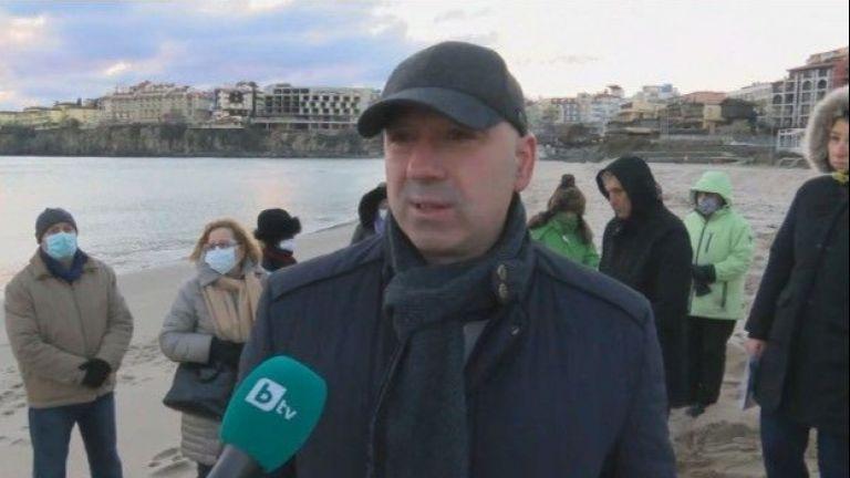 Няма щети по плажовете на Созопол - това заяви кметът