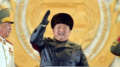 """Северна Корея се похвали с """"най-мощното оръжие на Земята"""""""