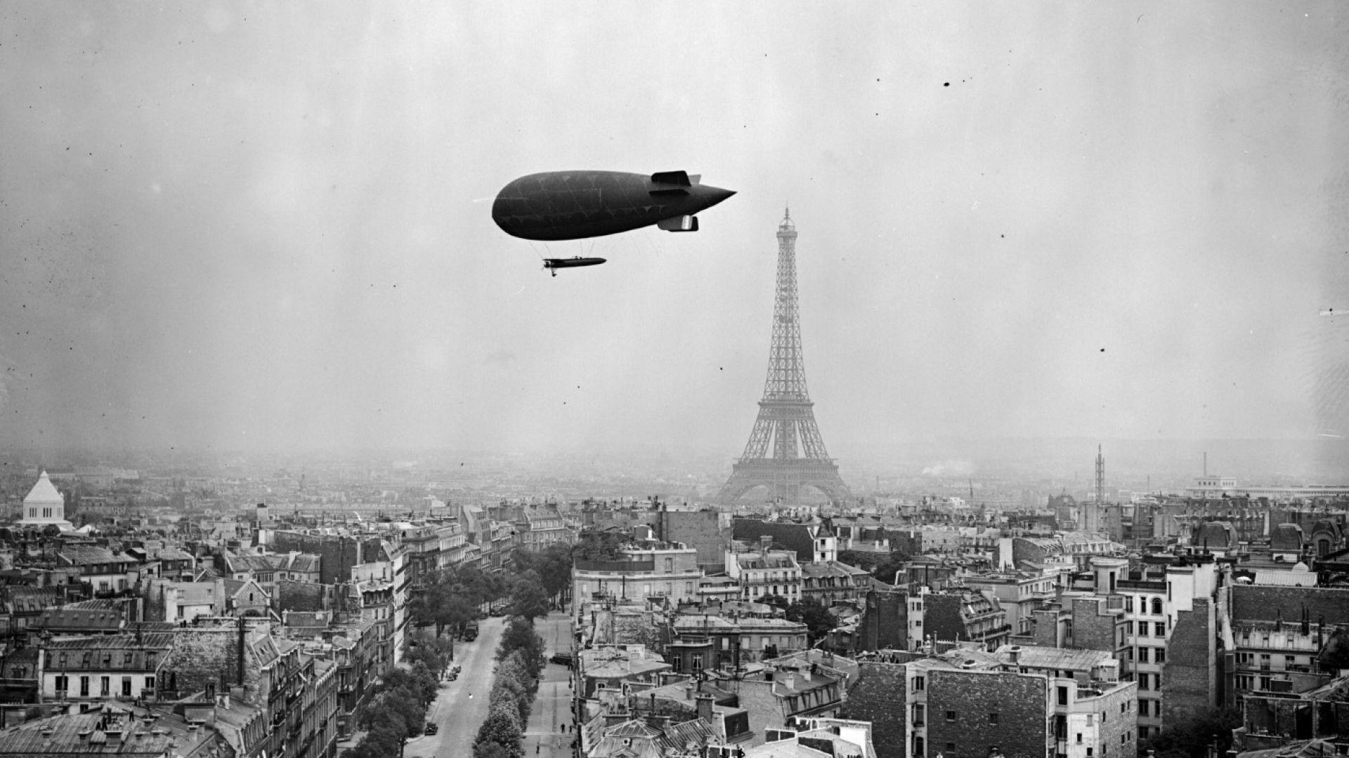 Париж и Айфеловата кула в 27 исторически снимки