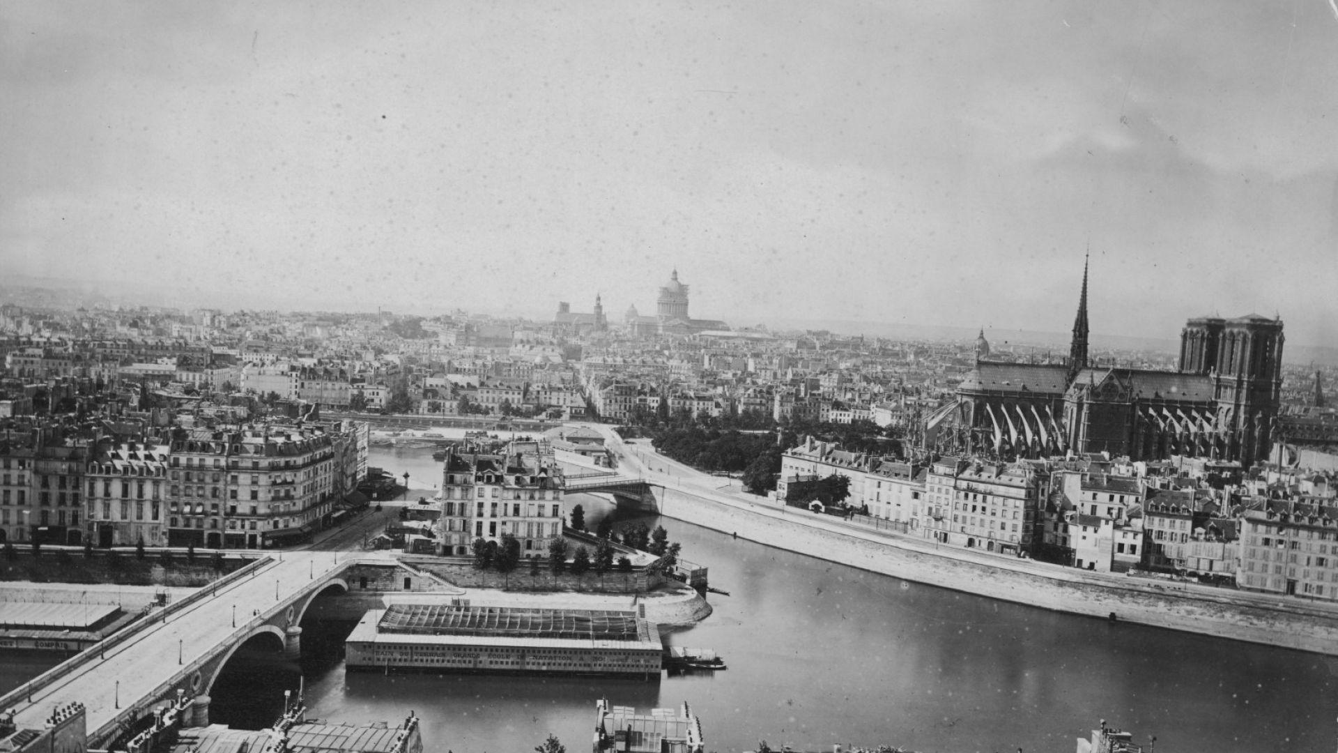 Париж през 1880 г.