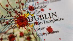 """Как Ирландия от """"добър ученик"""" стигна до """"цунами"""" от Covid-19*"""