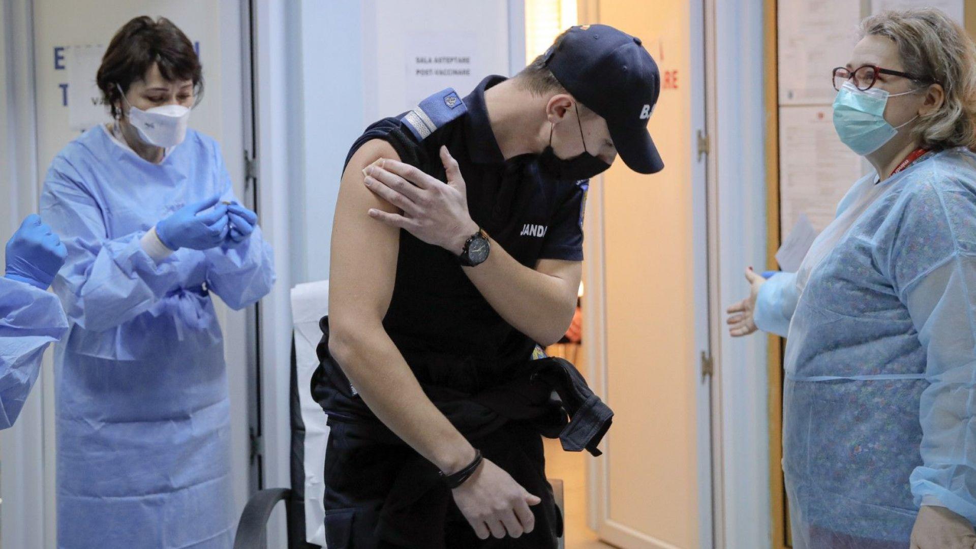 Хайко Маас предложи ваксинираните срещу коронавируса да получат някои привилегии