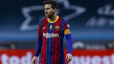 За историята: Лионел Меси получи първия си червен картон с екипа на Барселона