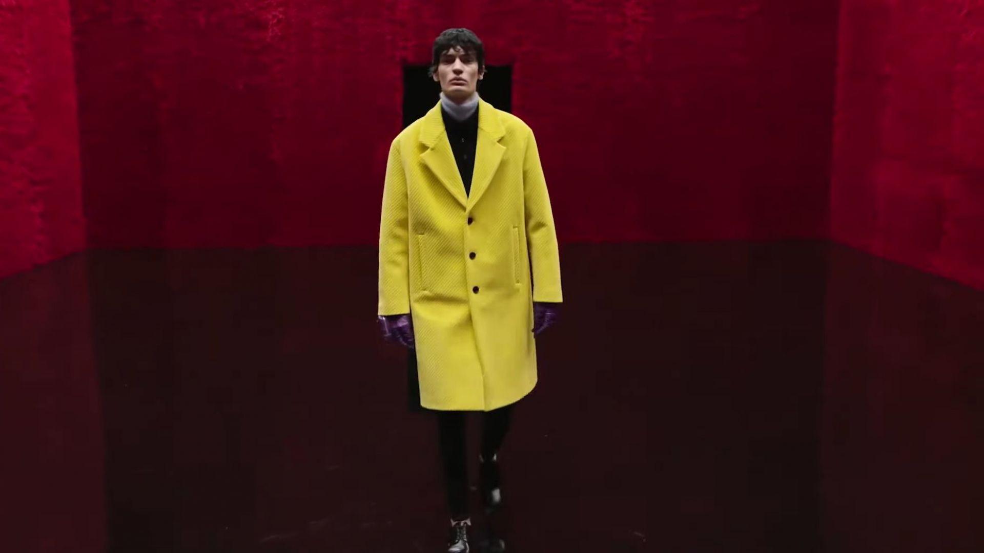 Дръзки цветове и куп отворени възможности: Prada представи дигитално новата си мъжка колекция
