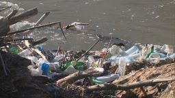 Ново водно сметище и по река  Струма