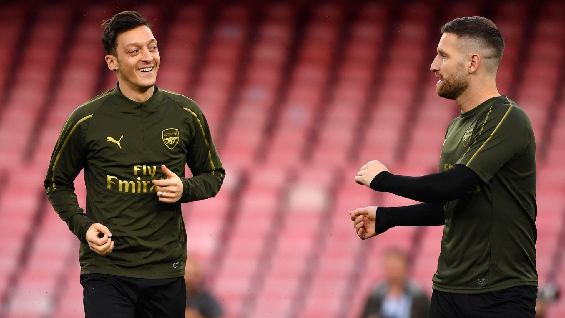 Играч на Арсенал вбеси феновете при сбогуването си с Йозил