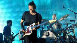 Неизвестни записи на Radiohead се продават на търг