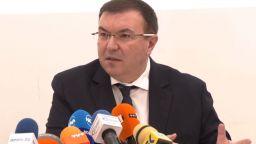 Здравният министър: Ще предложим удължаване на извънредната обстановка с 3 месеца