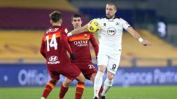 И счупен нос не спира Гълъбинов, нападателят е в групата за мача с Болоня на Антов