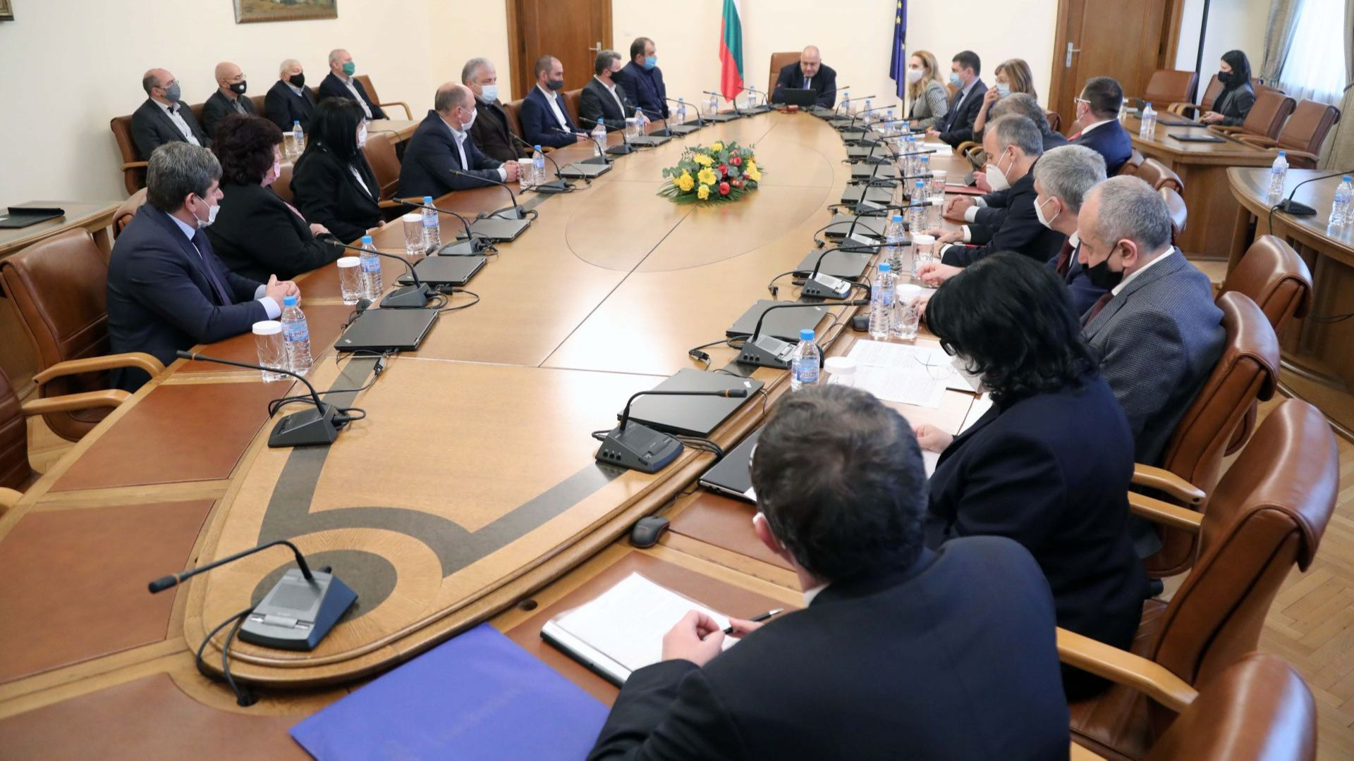 Борисов: С допълнителни 2 412 525 лв. продължаваме да инвестираме в образователната инфраструктура