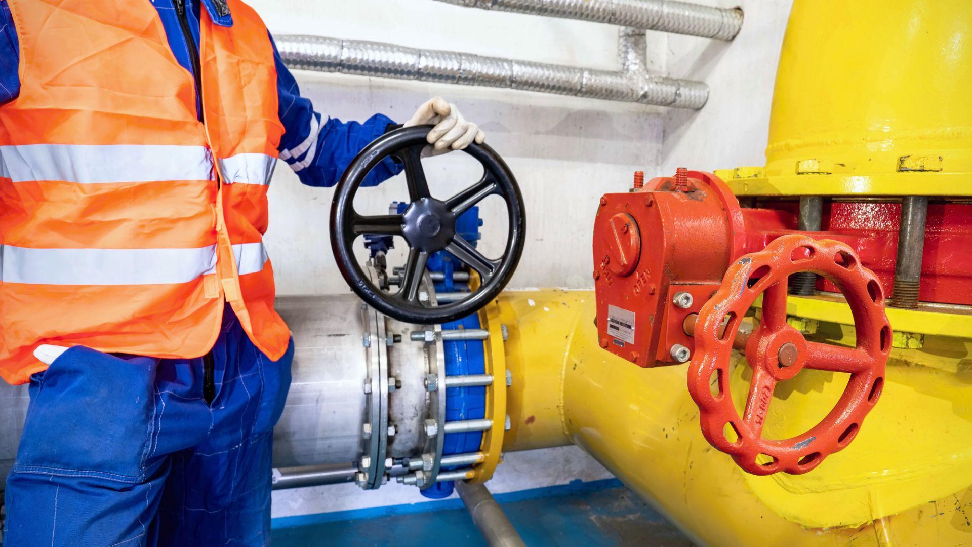 ЕС се разцепи: 11 страни настояват газът да се изключи от еврофинансиране