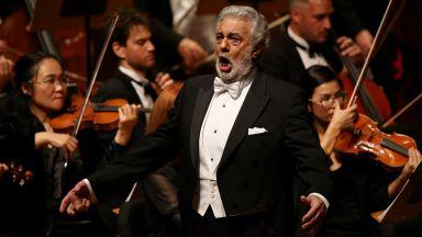 """Пласидо Доминго пее в """"Травиата"""" на сцената на Болшой театър"""
