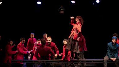 """Веселият празник на живота в """"Карнавална нощ"""" по Шекспир в НАТФИЗ"""