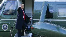 Доналд и Мелания Тръмп напуснаха с хеликоптер Белия дом