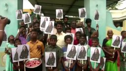 Индийското село на Камала Харис празнува встъпването й в длъжност (видео)