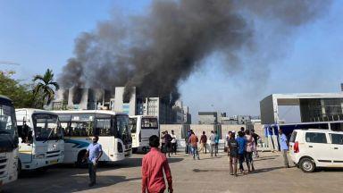 Пожар в Серумния институт на Индия, най-големия световен производител на ваксини
