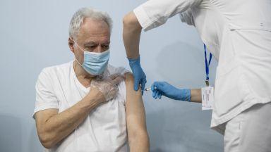 """""""Спутник V""""е 97,6% ефикасна при реални имунизационни условия"""