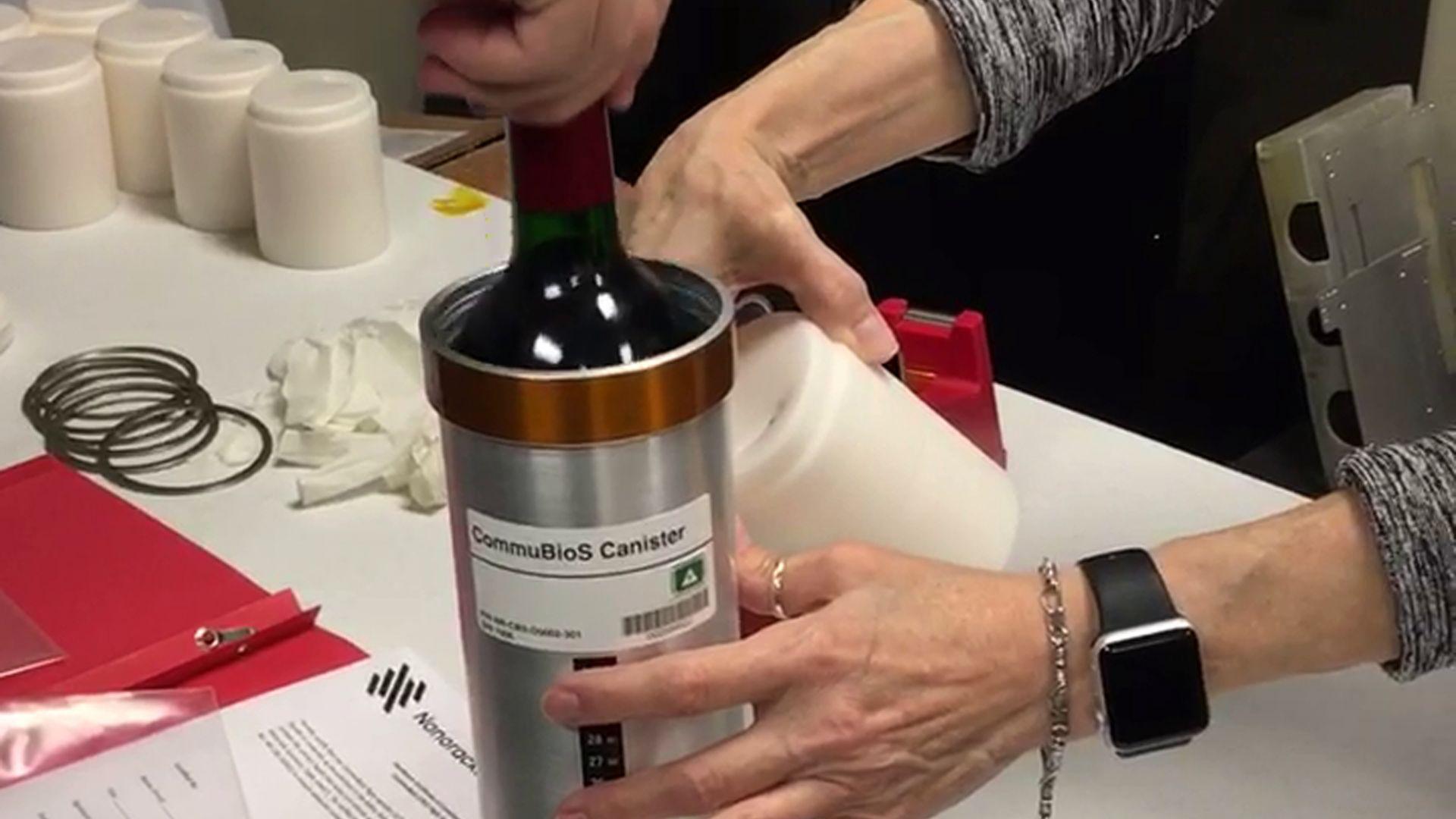 Дванадесет бутилки вино се завърнаха в Бордо след пътуване в космоса