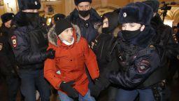 Арести в Русия часове преди протестите за Навални