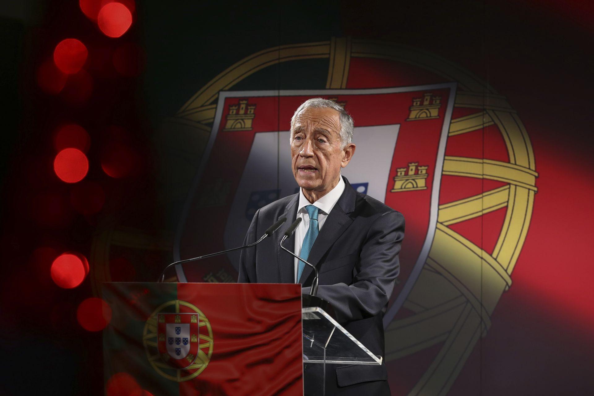 Досегашния президент консерватор Марселу Ребелу де Соуз