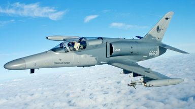 Чешкият самолет, който се изправи срещу ИДИЛ