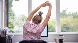 Експерт: Много трудно се отчита извънредният труд от вкъщи