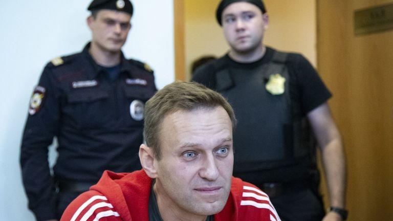 В навечерието на протести Алексей Навали обяви, че няма намерение да се самоубива в затвора