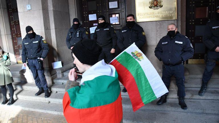 Българските избиратели по-скоро биха предпочели да има правителство на обявяващите
