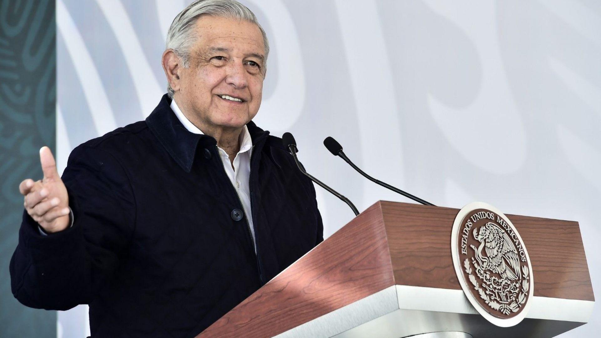 Мексиканският президент обяви, че се е заразил  с коронавирус