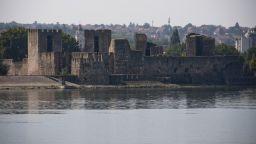 Китай може да изгради петролна рафинерия на Дунавския бряг, недалеч от Белград