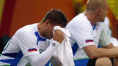 Дузина хандбалисти на Словения се натровили преди ключов мач с домакините на Световното