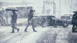 Очаква ни опасно снежно време с виелици в Източна България