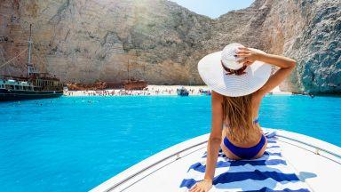 В Гърция през май? 8 почивки на остров, които да резервирате сега
