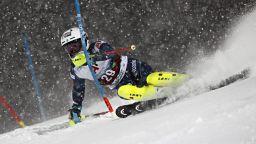 Спортът по телевизията днес: Ски от Банско и битка за титлата в Първа лига