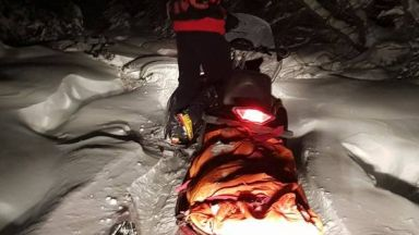 Спасиха турист с моторна шейна, загубил се в Осоговската планина