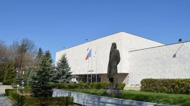 Ще бъде връчена годишната национална награда на името на Владимир Димитров - Майстора