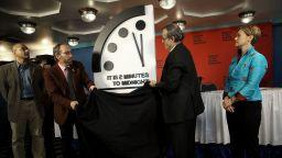 Атомните физици решиха: Остават 100 секунди до Страшния съд