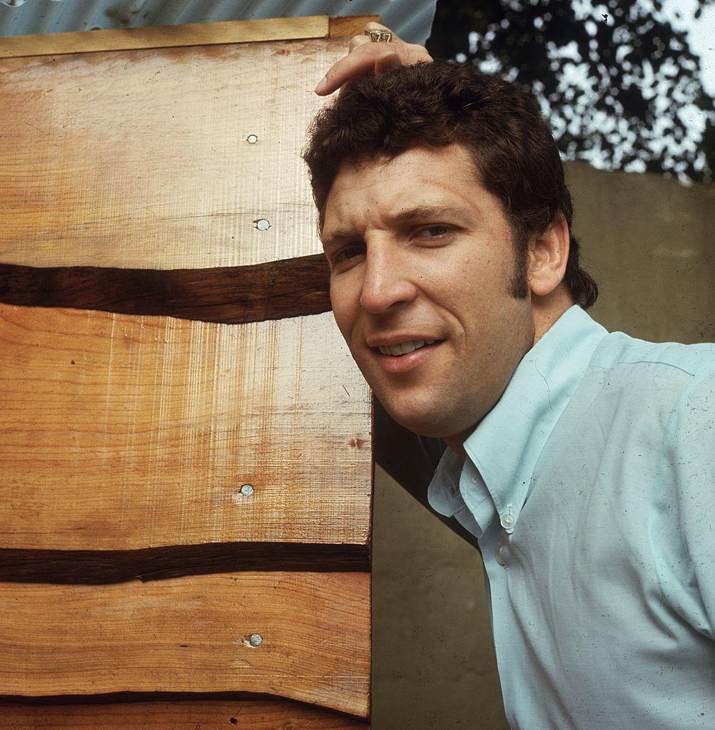 Том Джоунс през 1965 г.