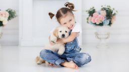 Кучетата синхронизират поведението си с децата в семейството