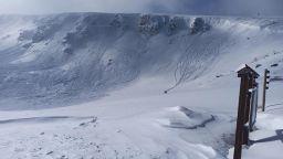 Огромна лавина падна в Рила (видео)