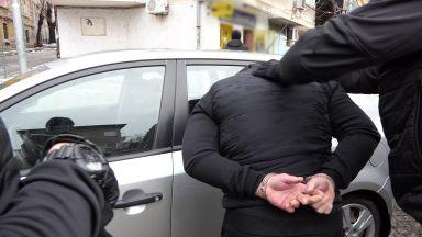 Разбиха престъпна група, печатала фалшиви пари и документи