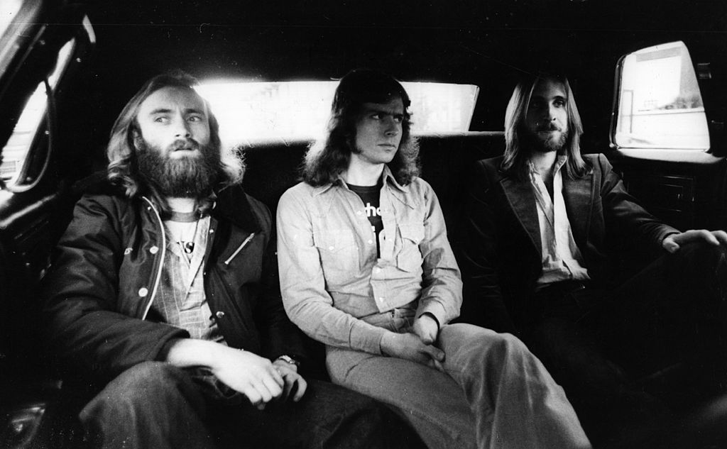 Genesis през 1977 г.