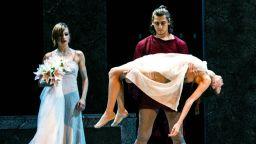 """Балет """"Арабеск"""" представя модерен прочит  на най-великата любовна история на всички времена"""