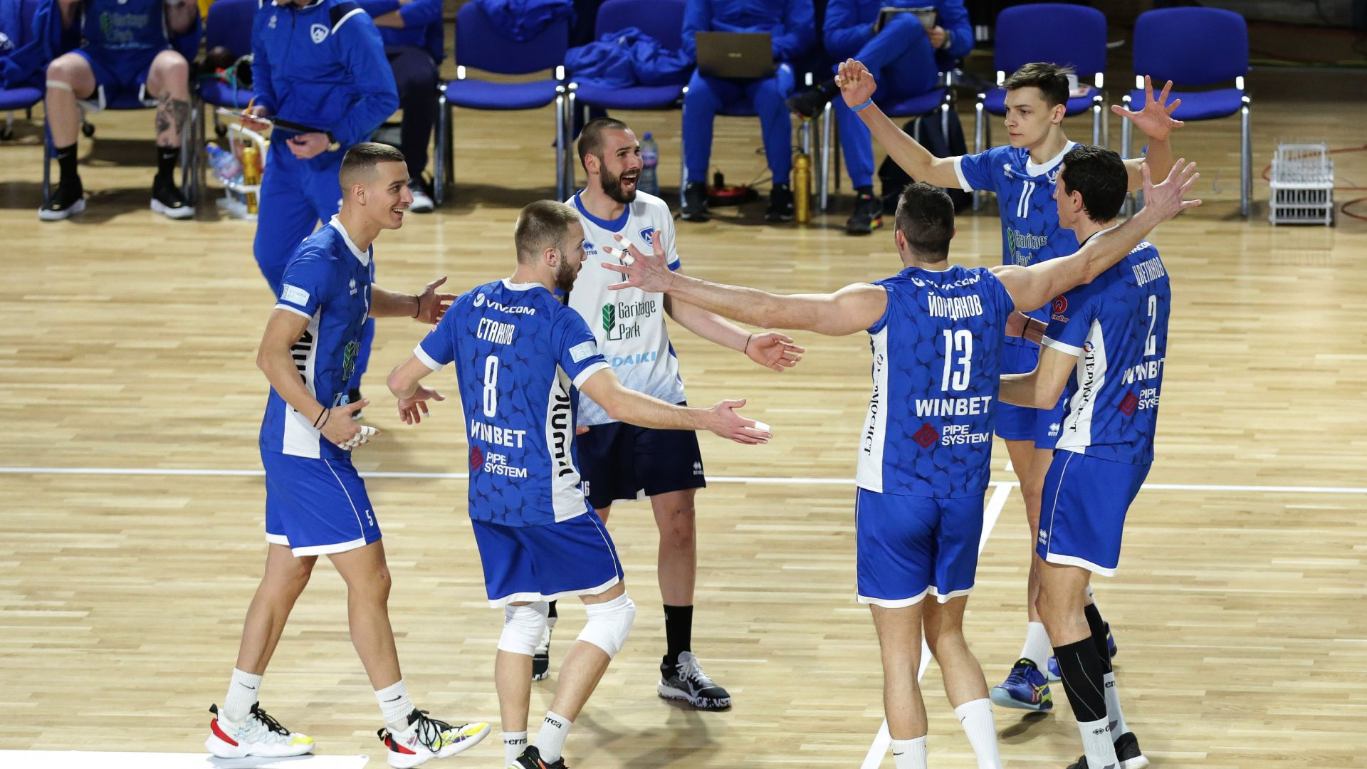 """""""Левски"""" обърна ЦСКА при откриването на новата волейболна зала на """"сините"""""""