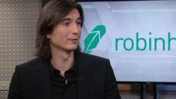 """За първи път """"Форбс"""" включи българин в класацията на световните милиардери"""